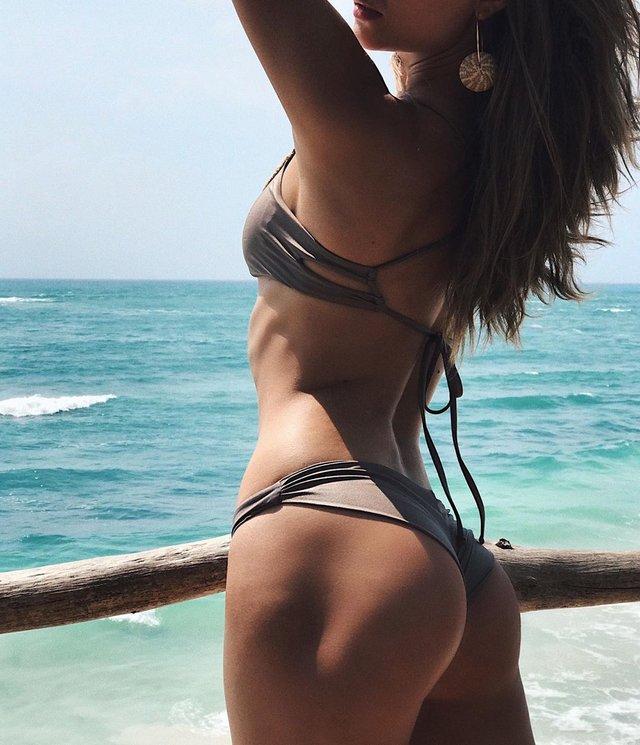 Модель Victoria's Secret захопила ідеальними формами - фото 410808
