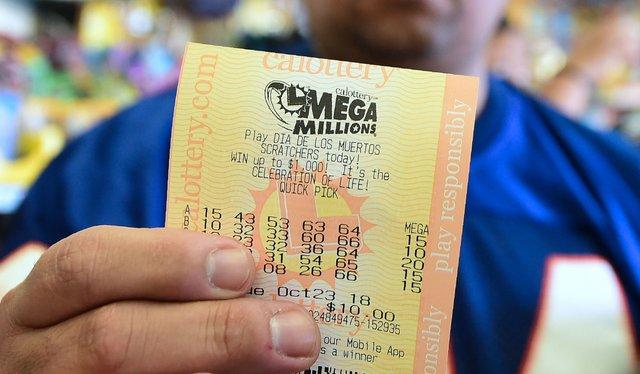 Які знаки Зодіаку найчастіше виграють в лотерею - фото 411245
