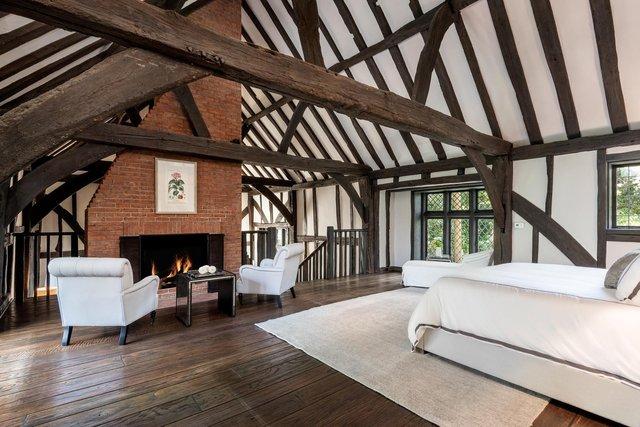 Аріана Гранде купила історичний каліфорнійський будинок телеведучої Еллен Дедженерес - фото 411367