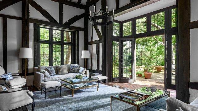 Аріана Гранде купила історичний каліфорнійський будинок телеведучої Еллен Дедженерес - фото 411368