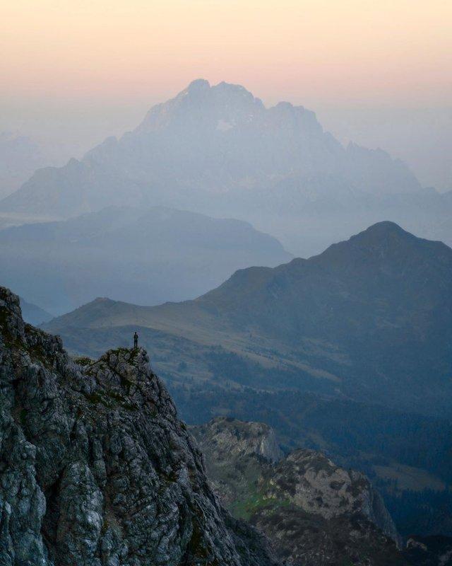 Мандрівник з Колорадо показує найкрасивіші куточки світу: ефектні фото - фото 411629