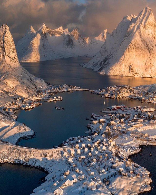 Мандрівник з Колорадо показує найкрасивіші куточки світу: ефектні фото - фото 411640