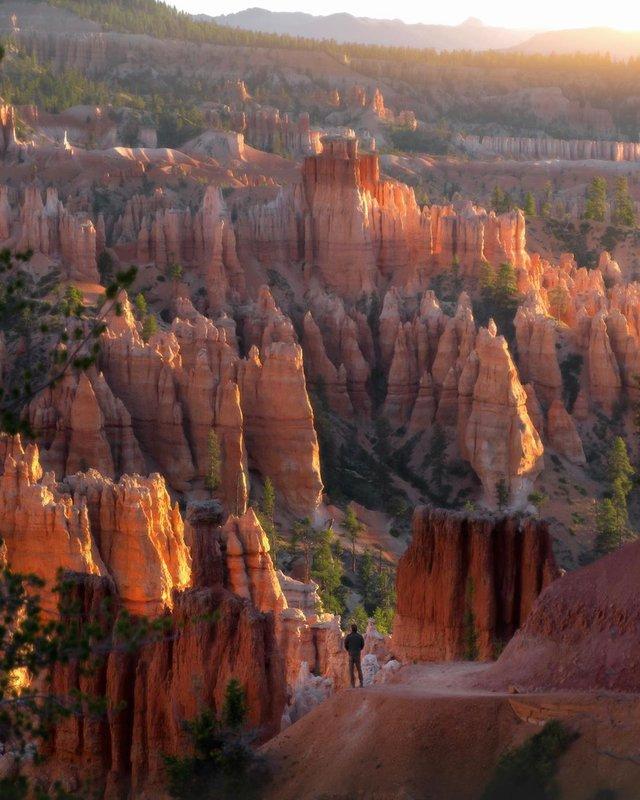 Мандрівник з Колорадо показує найкрасивіші куточки світу: ефектні фото - фото 411641