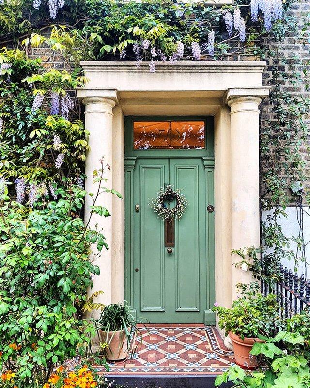 Квітучі помешкання Лондона, які приковують погляд (фото) - фото 411744
