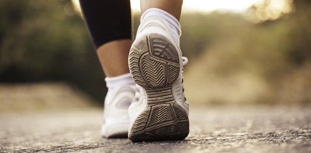 Швидка ходьба: в чому її користь - фото 411934