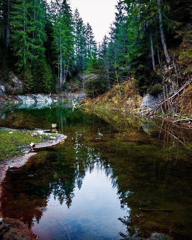 У Карпатах через негоду зникло смарагдове озеро: фото ДО і ПІСЛЯ - фото 412029