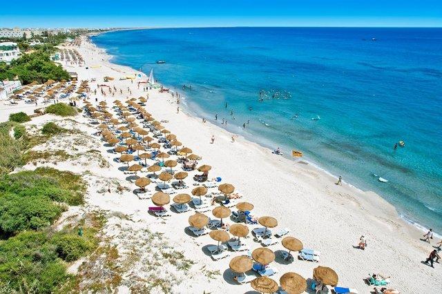 У Тунісі відкрився туристичний сезон після карантину - фото 412729