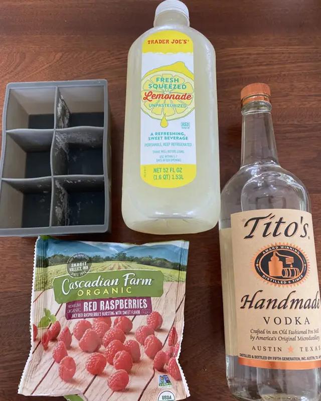 Домашні МакНагетси й алкогольний десерт: чи працюють кухонні відеолайфхаки з TikTok - фото 413043