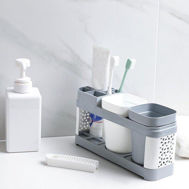 Міняйте зубні щітки кожні три місяці - фото 413067