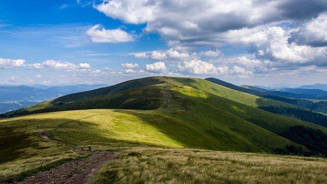 Здаю круті місця: Притула розкрив ідеальний маршрут для мандрів Заходом України - фото 413816