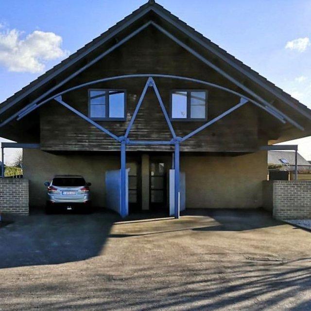 Потворна бельгійська архітектура, яка дивує: епічні фото - фото 414095