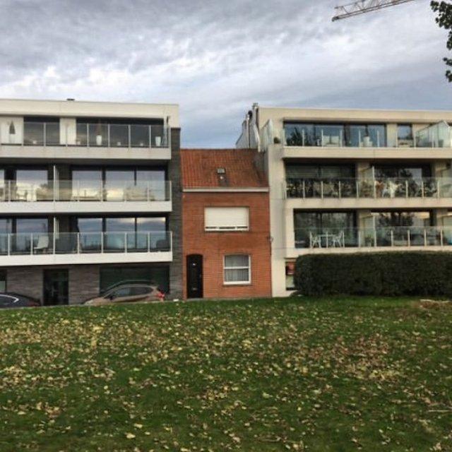 Потворна бельгійська архітектура, яка дивує: епічні фото - фото 414100