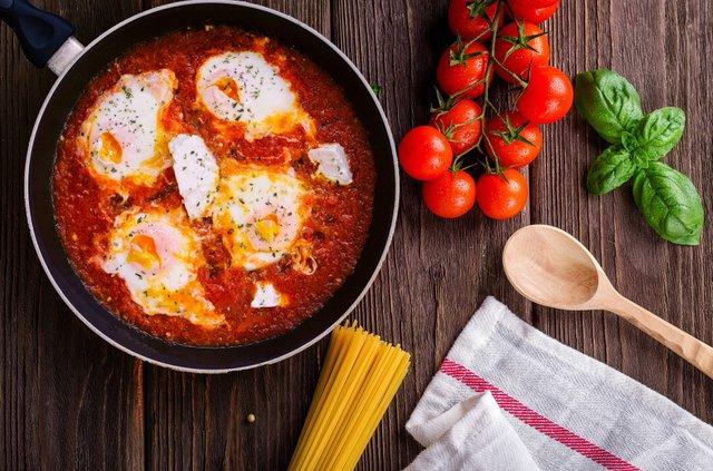 Експерт нагадав про небезпеку приготування яєць - фото 414353
