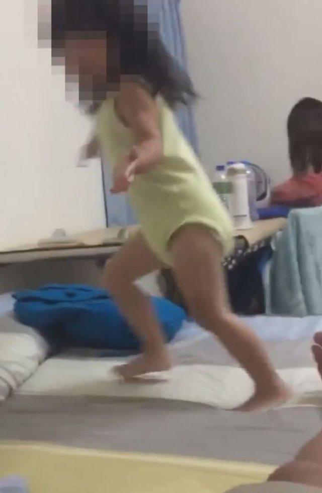 Привид на кадрах з дочкою шокував батька: фото не для слабкодухих - фото 414390