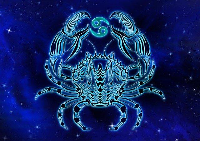 У мережі показали безжалісний гороскоп 1979 року: читайте опис свого знаку Зодіаку - фото 414806