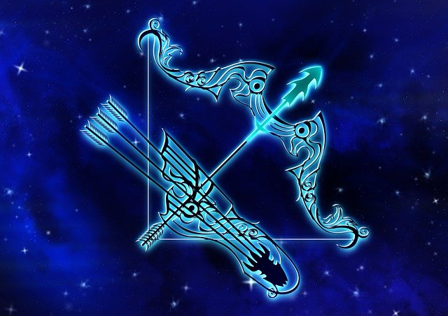 У мережі показали безжалісний гороскоп 1979 року: читайте опис свого знаку Зодіаку - фото 414811
