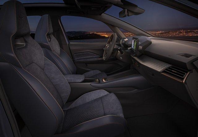 SEAT представили свій перший електромобіль - фото 414828