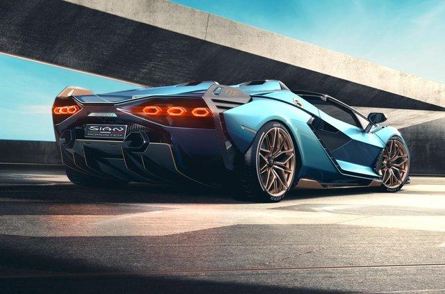 Перший серійний гібрид Lamborghini позбувся даху та став ексклюзивним - фото 414873