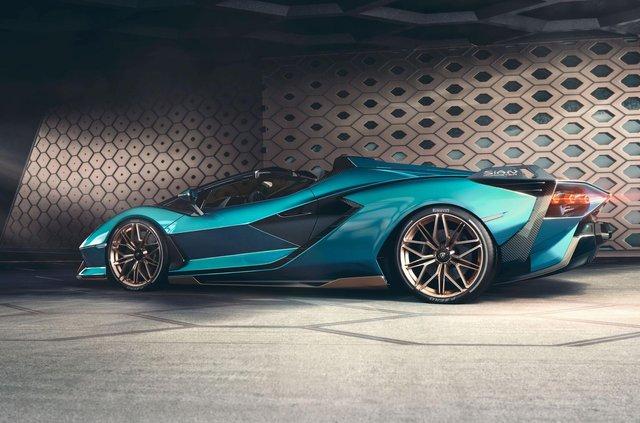 Перший серійний гібрид Lamborghini позбувся даху та став ексклюзивним - фото 414874
