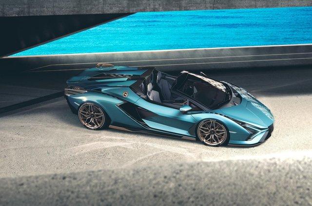 Перший серійний гібрид Lamborghini позбувся даху та став ексклюзивним - фото 414876