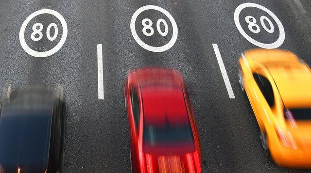 Пристрій показав, що авто розігнали до 703 км/год - фото 414960