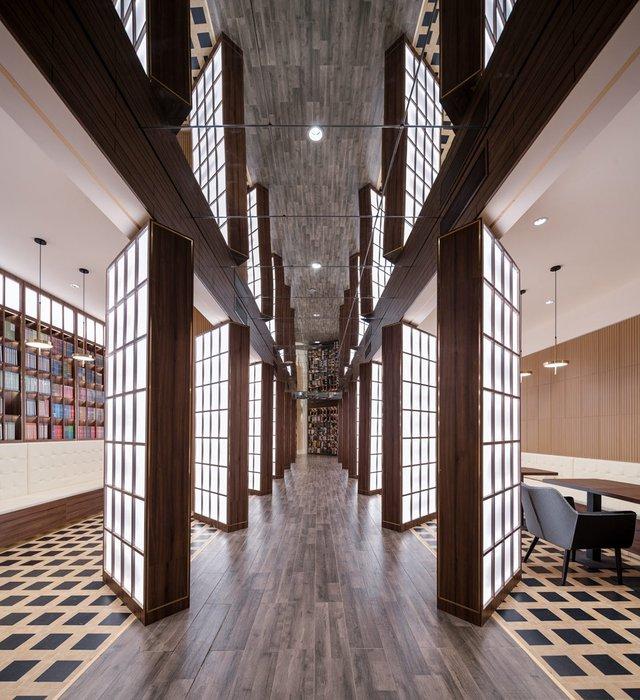 Книголюби оцінять: дивіться, як виглядає футуристична книгарня у Пекіні - фото 415200