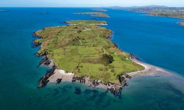 Чоловік купив за 5,5 мільйона євро острів, але досі не побував там - фото 415899