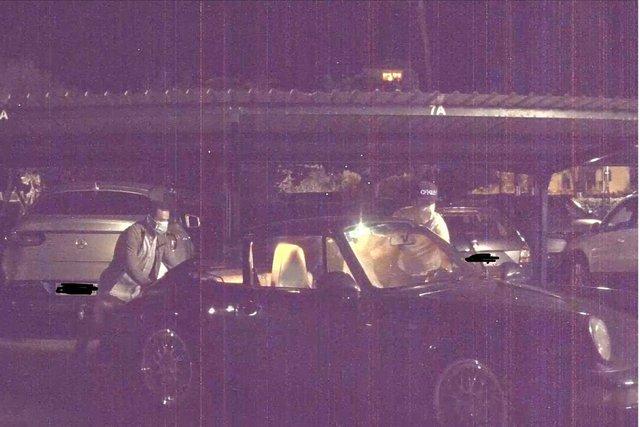 Бортові камери Tesla зняли викрадення Porsche: епічне відео - фото 415945