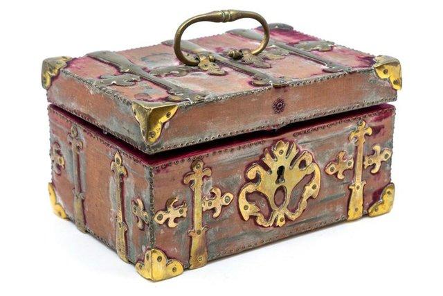 У Британії на торги виставили набір мисливця на вампірів XIX століття - фото 416221