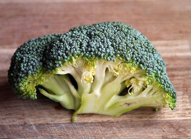 Цей овоч допомагає зменшити біль у суглобах - фото 416391