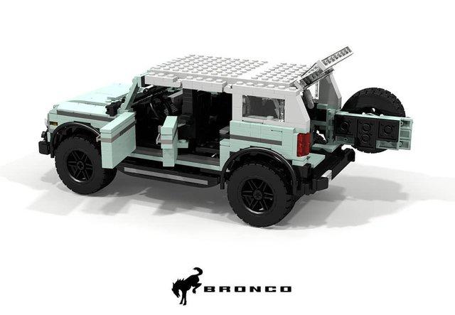 Позашляховик Ford Bronco 2021 зібрали з Lego - фото 416953