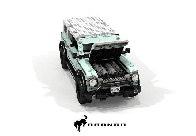Позашляховик Ford Bronco 2021 зібрали з Lego - фото 416954