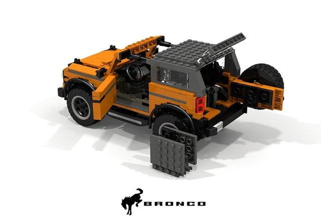 Позашляховик Ford Bronco 2021 зібрали з Lego - фото 416955