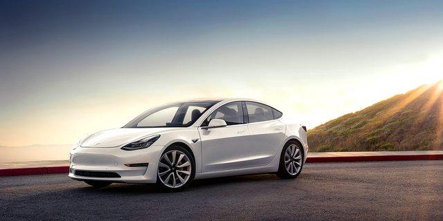У Tesla планують створити бюджетний електрокар - фото 418270