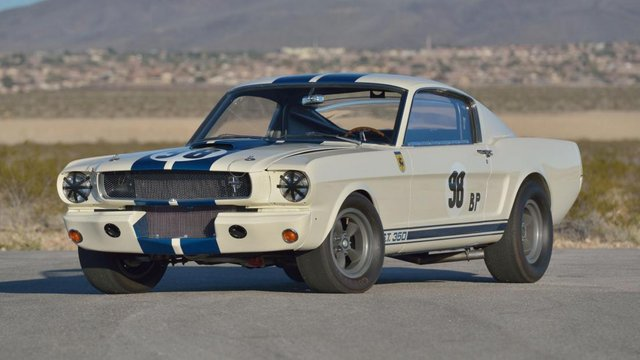Ford Mustang Shelby продали за рекордні 3,85 мільйона доларів - фото 418290
