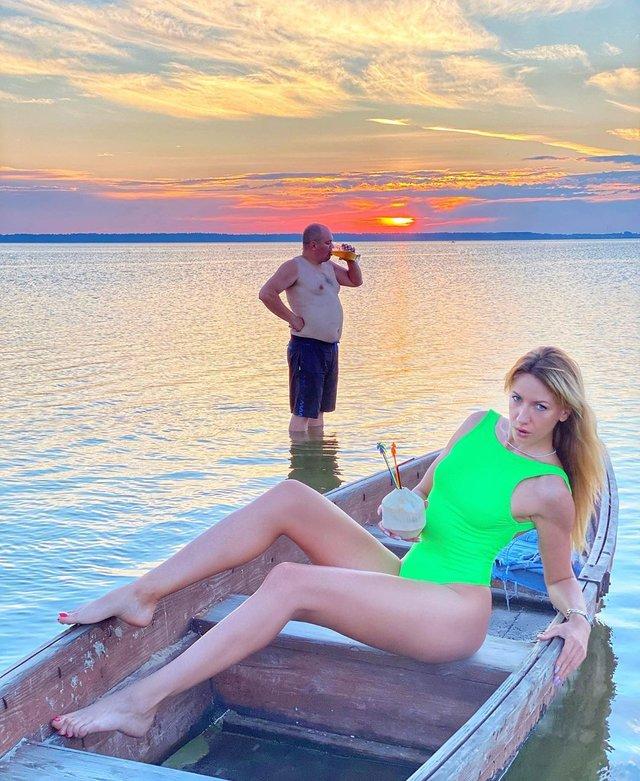 Леся Нікітюк показала ідеальне фото з відпочинку у Шацьку - фото 418627