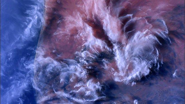 У NASA показали найзахопливіші фото, які зробили під час історичної місії SpaceX - фото 419078