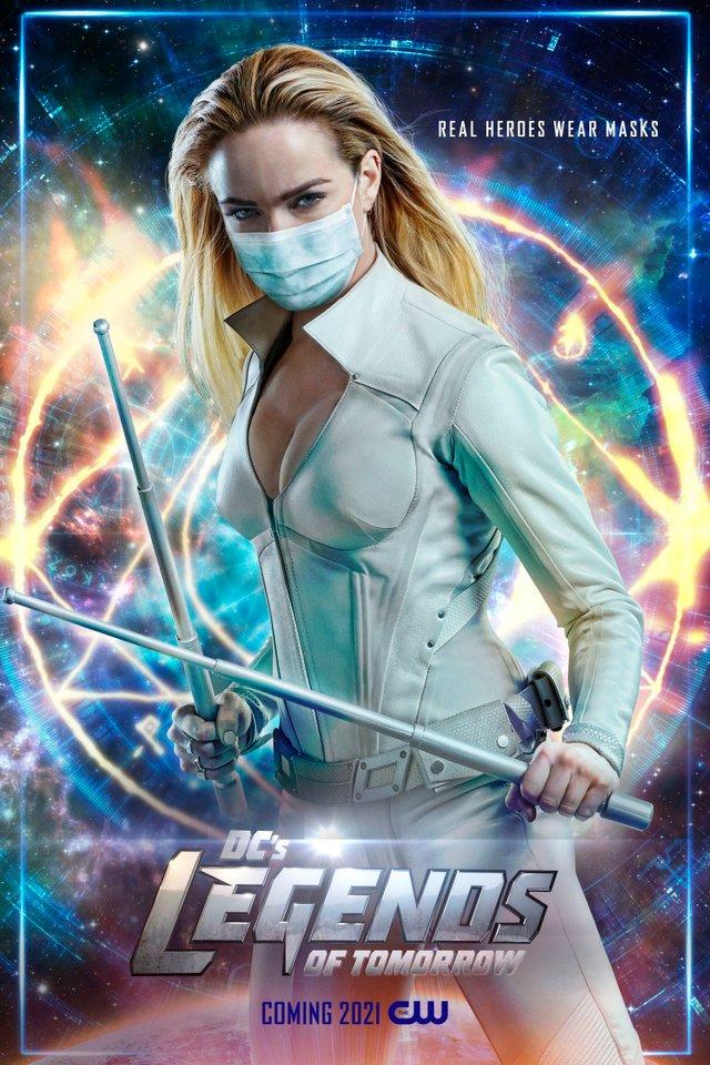 Герої носять маски: канал CW випустив постери, які нагадують про захист під час COVID-19 - фото 419185