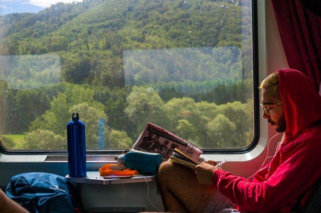Ризик зараження у поїзді не такий уже й високий - фото 419207