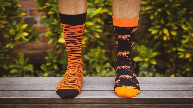 Не всі чоловіки розкидають шкарпетки по дому - фото 419433