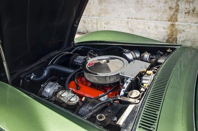 З молотка пустять 51-річний Chevrolet Corvette в ідеальному стані - фото 419451