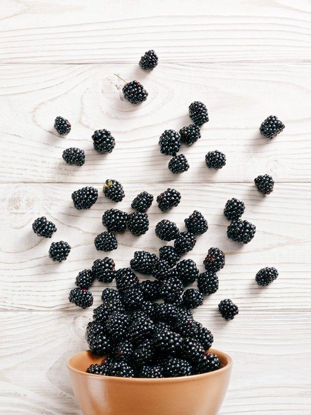 Ожина: названі корисні властивості сезонної ягоди - фото 419496