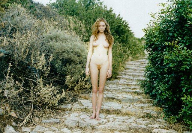 Моделі світу: як змінилася блакитноока красуня Лілі Коул, фото 18+ - фото 419570