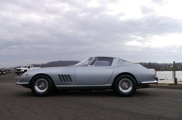 Рідкісний Ferrari 1967 року продають за 3 мільйони доларів - фото 419932