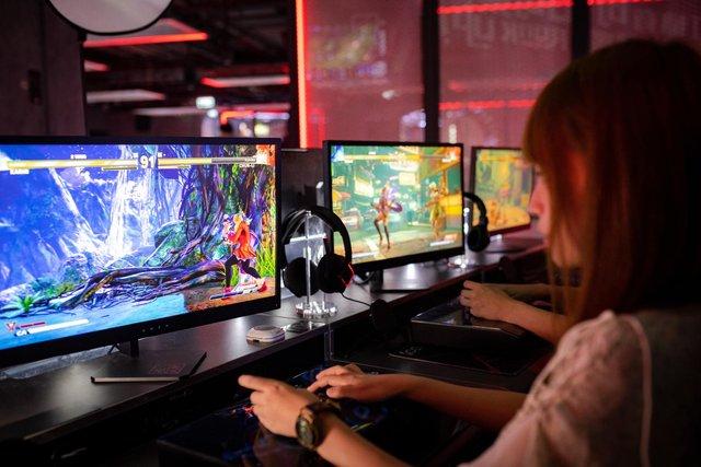 Скільки насправді людей у всьому світі грають у відеоігри - фото 420627