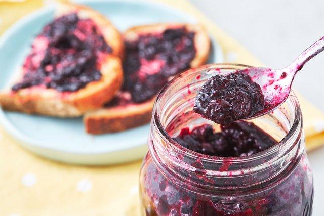 Смачне варення з лохини на зиму: найкращі рецепти приготування - фото 420783