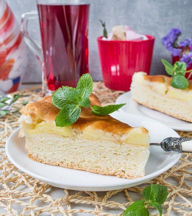 Шарлотка з динею: оригінальний рецепт популярного пирога - фото 421117