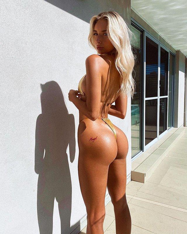 Дівчина тижня: гаряча модель без комплексів Авалон Надфалусі з зовнішністю Барбі (18+) - фото 421599
