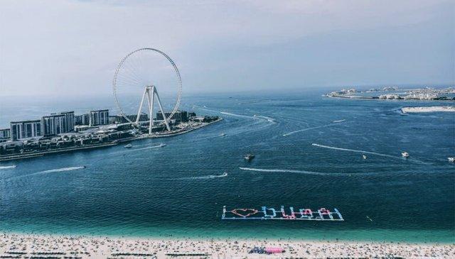 У Дубаї закінчується будівництво найбільшого у світі атракціону: фотофакт - фото 422058