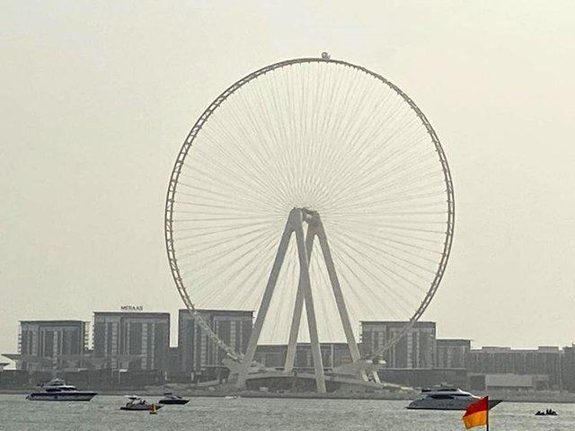У Дубаї закінчується будівництво найбільшого у світі атракціону: фотофакт - фото 422059